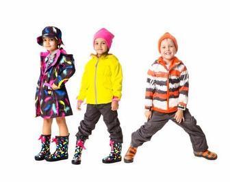 Правила подбора детской одежды в межсезонье