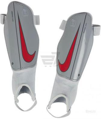 Щитки футбольні Nike Y NK PRTGA FLEX GRD р. S чорний
